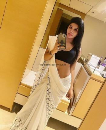 bandra call girls escorts in bandra 9867890488